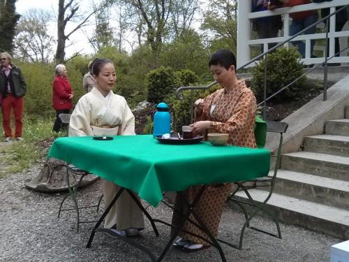 Teehaus Teezeremonie Japanerinnen